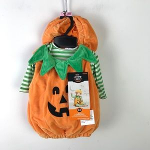 Target Infant Halloween Pumpkin Costume NWT 0-6mos